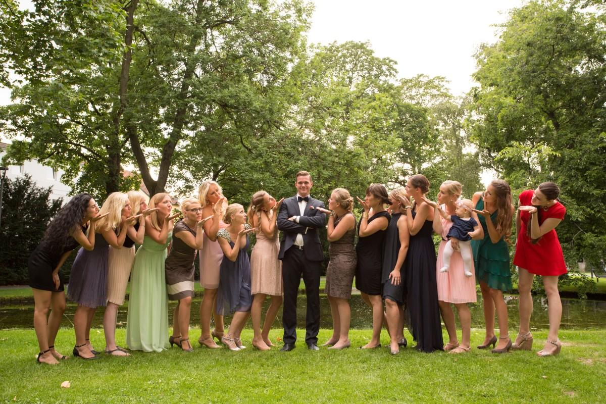 Anna, David, Braut, Bräutigam, Kortenbusch, Feier, Fete, Hochzeit, Ravensberger Park, Gruppe, Fotoshooting, Wedding Day,  Bielefeld,